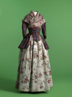 Jacket and shawl in chintz, skirt in glazed printed cotton