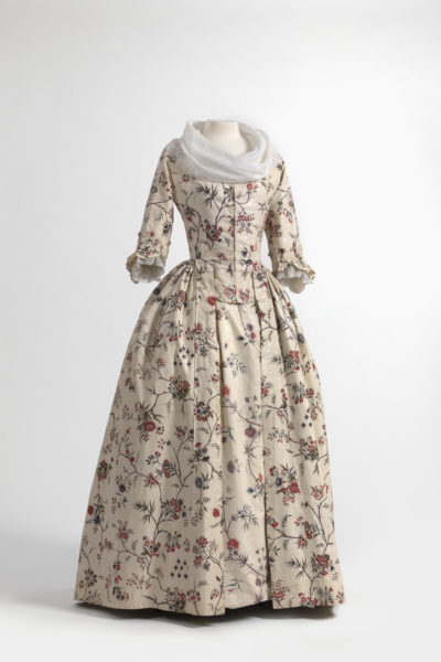 Dress (robe à l'anglaise) and skirts in chintz, India, ca. 1770–1790, shawl (fichu) in embroidered batiste, 1770–1800